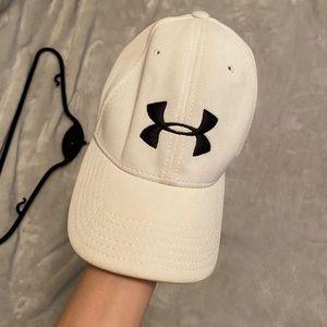 Under Armour Men's Blitzing II Cap baseball hat
